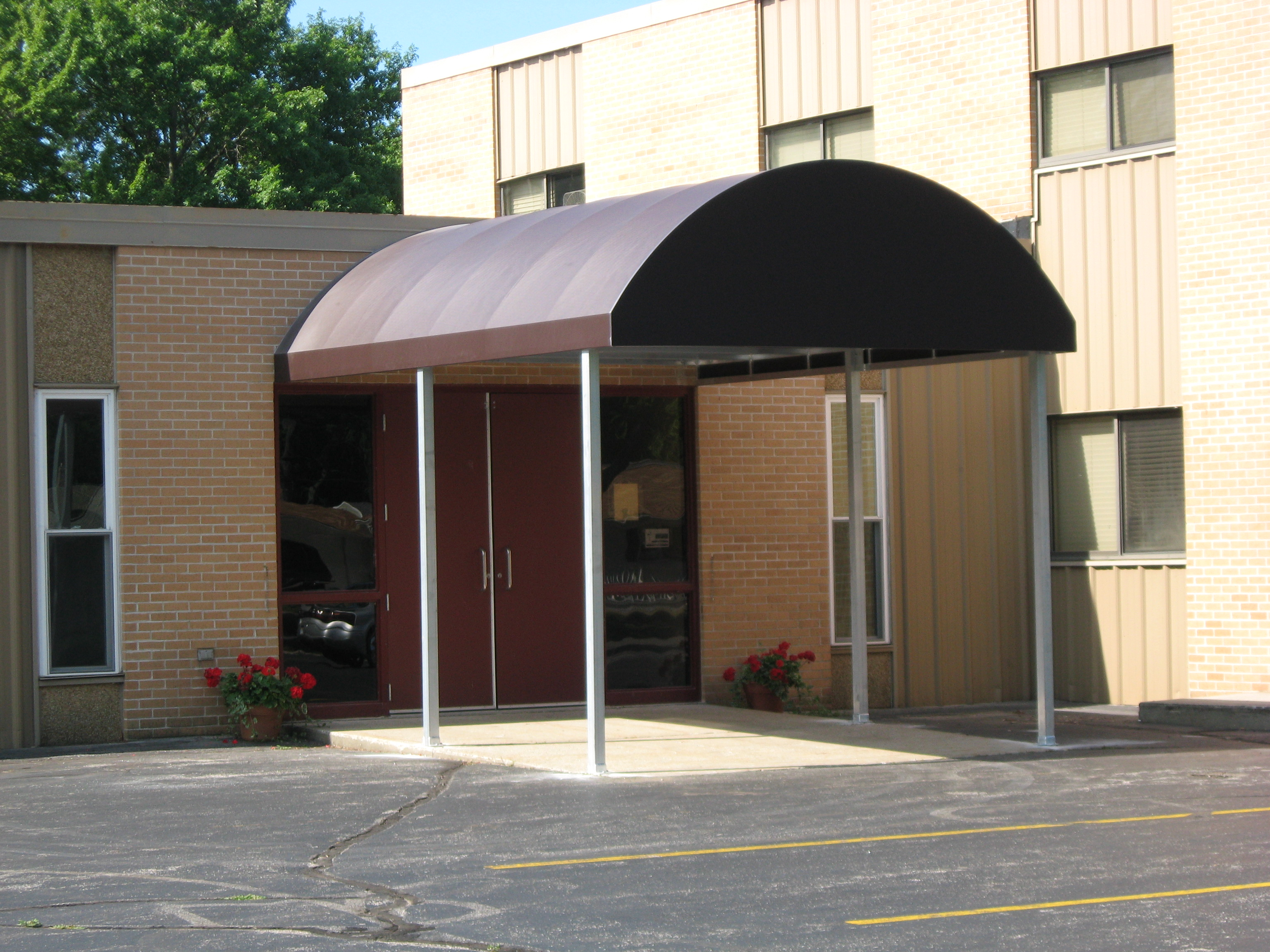 Covered Walkway Entrance Enclosures | Muskegon Awning